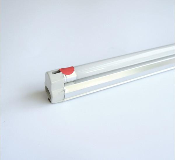 c82373f7775 Осветително тяло открито за луминисцентни и UV лампи с цокъл T4 220V 1x8W  330mm